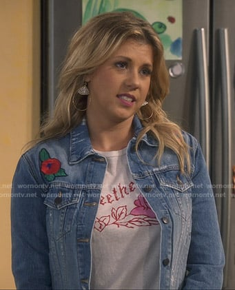 Stephanie's Sweetheart tee and embroidered denim jacket on Fuller House