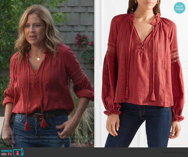 Kalina Blouse by Veronica Beard worn by Jenna Fischer on Splitting Up Together