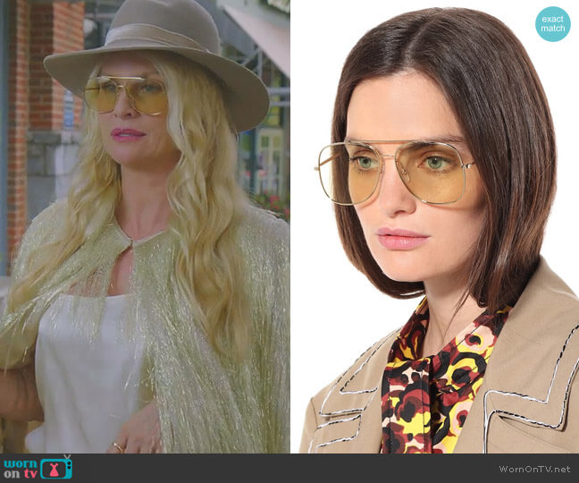 Classic Navigator sunglasses by Victoria Beckham worn by Alexis Carrington (Nicollette Sheridan) on Dynasty