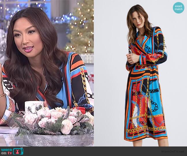 Chain Print Dress by Zara worn by Jeannie Mai  on The Real