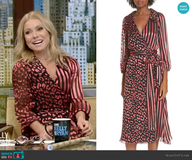 Abigail Dress by Alice + Olivia worn by Kelly Ripa  on Live with Kelly & Ryan