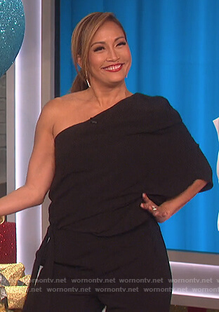 Carrie's black one shoulder jumpsuit on The Talk