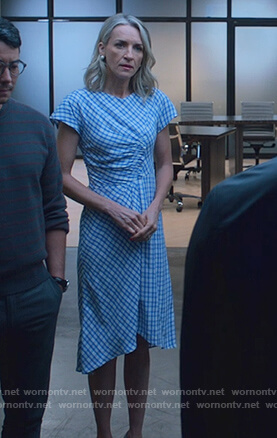 Janet's blue ruched check dress on Marvel's Runaways