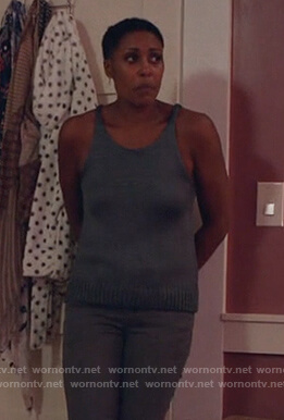 Lynn's gray knitted tank top on Black Lightning