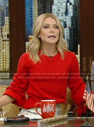 Kelly's red sweater on Live with Kelly and Ryan