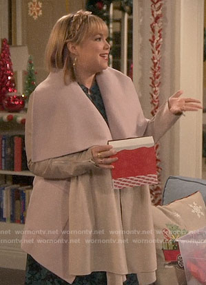 Kristin's coat with leather sleeves on Last Man Standing