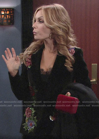 Lauren's floral embroidered velvet blazer on The Young and the Restless