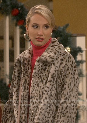 Mandy's leopard fur coat on Last Man Standing