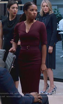 Catherine's maroon belted v-neck dress on Marvel's Runaways