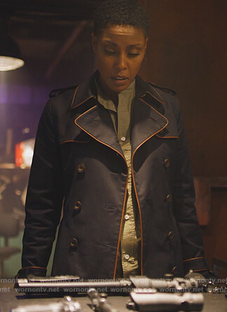 Lynn's navy piping trench coat on Black Lightning