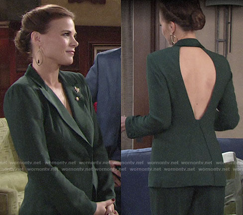 Phyllis's green open-back blazer on The Young and the Restless