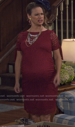 Kimmy's red lace tie sleeve maternity dress on Fuller House