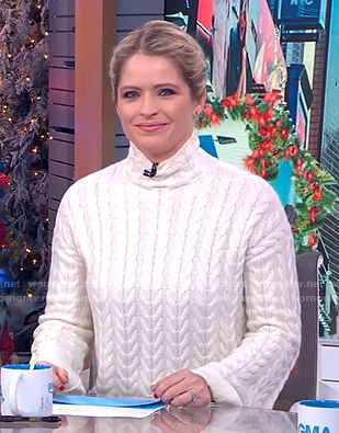 Sara's white cable knit turtleneck sweater on GMA Day