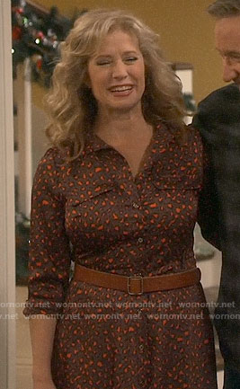 Vanessa's leopard print midi shirtdress on Last Man Standing