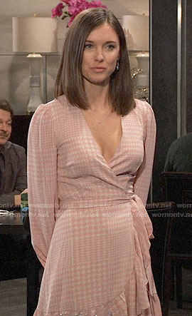 Willow's pink houndstooth wrap dress on General Hospital