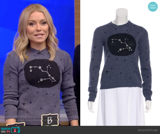 Cashmere Sweater by Christian Dior worn by Kelly Ripa  on Live with Kelly & Ryan