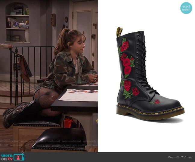 Vonda Boots by Dr. Martens worn by Shannon (Odessa Adlon) on Fam