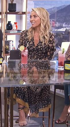 Giuliana's black printed v-neck dress on E! News Daily Pop