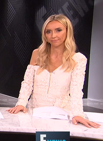 Giuliana's white one off-shoulder zip front dress on E! News