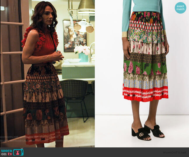 Acid Bloom print plissé skirt by Gucci worn by Samantha Delmonico (Annie Parisse) on Friends from College