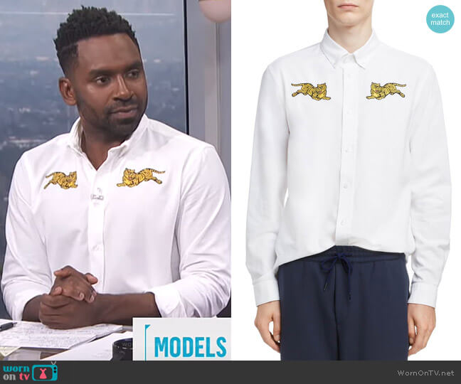 Jumping Tiger Crest Woven Shirt by Kenzo worn by Justin Sylvester (Justin Sylvester) on E! News