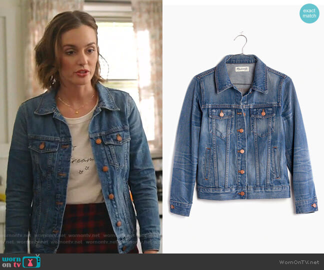 The Jean Jacket in Pinter Wash by Madewell worn by Angie (Leighton Meester) on Single Parents