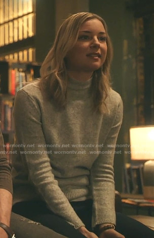 Nic's grey mock neck sweater on The Resident