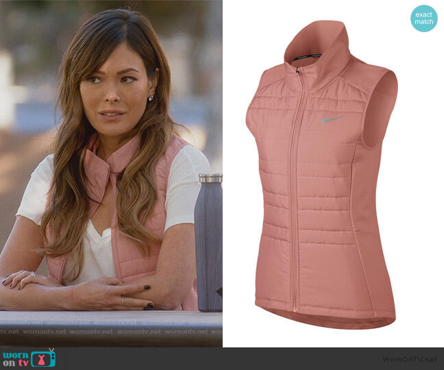 Essential Running Vest by Nike worn by Camille (Lindsay Price) on Splitting Up Together