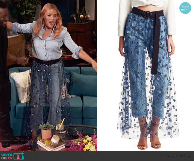 Sparkle Tulle Fetes Floral Overlay Skirt by Rachel Comey worn by Busy Philipps  on Busy Tonight