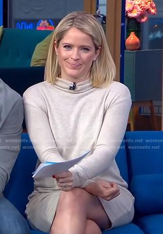 Sara's beige maternity knit dress on GMA Day