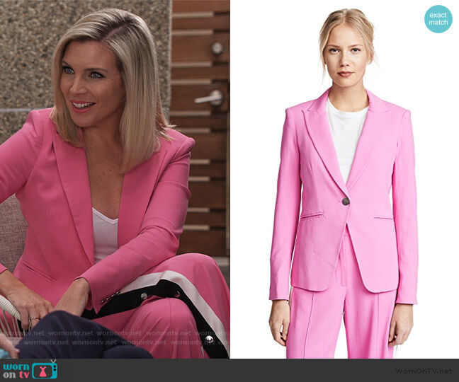 Simone Dickey Jacket by Veronica Beard worn by Brianna (June Raphael) on Grace & Frankie