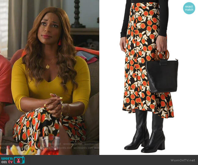 Dandelion Print Maxi Skirt by Whistles worn by Poppy (Kimrie Lewis) on Single Parents