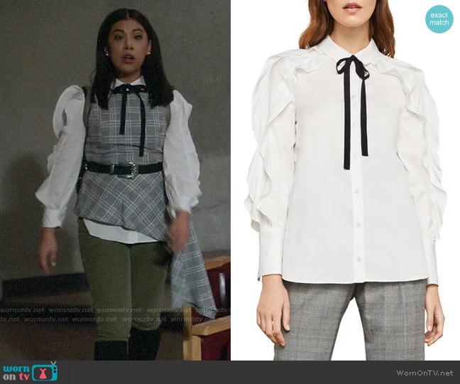 Bcbgmaxazria Ruffle Sleeve Cotton Shirt worn by Effie on Charmed