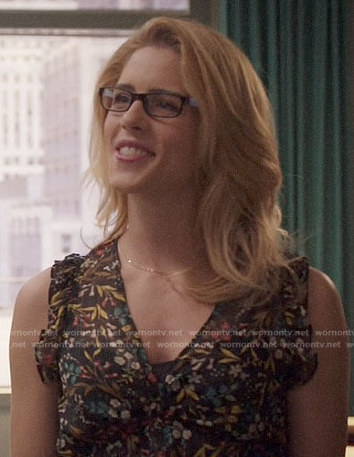 Felicity's floral v-neck top on Arrow