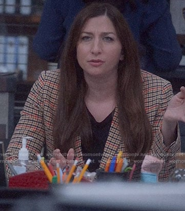 Gina's beige houndstooth blazer on Brooklyn Nine-Nine