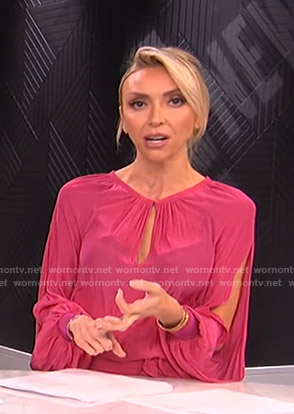 Giuliana's pink slit-sleeve keyhole dress on E! News