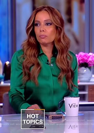 Sunny's green satin shirtdress on The View