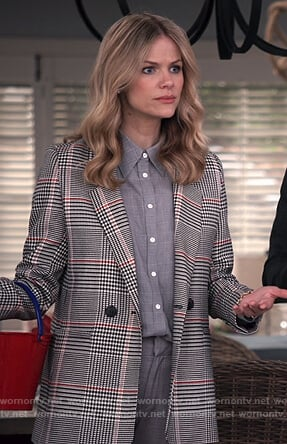 Mallory's gray checked blazer on Grace and Frankie