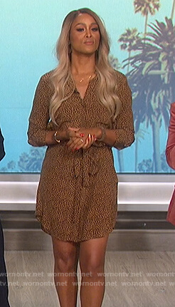 Eve's leopard print shirtdress on The Talk