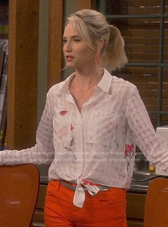 Mandy's white checked and floral shirt on Last Man Standing