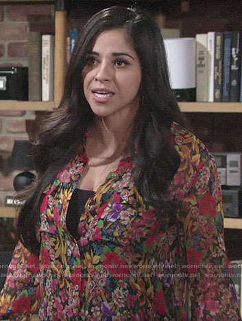 Mia's allover floral print shirt on The Young and the Restless