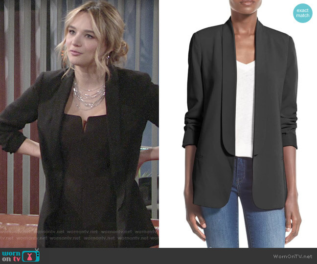 Mural Slouchy Boyfriend Blazer worn by Summer Newman (Hunter King) on The Young & the Restless