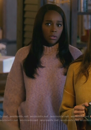 Michaela's pink speckled sweater on How to Get Away with Murder