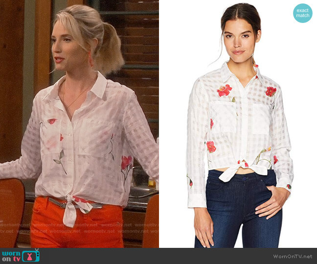 Rails Kelsey Shirt worn by Mandy Baxter (Molly McCook) on Last Man Standing