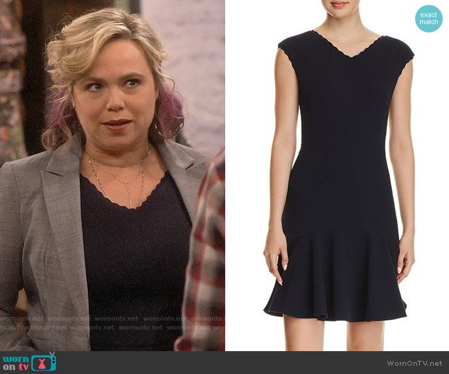 Rebecca Taylor Anna Scallop-Trimmed Dress worn by Kristin Baxter (Amanda Fuller) on Last Man Standing