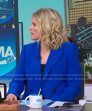 Sara's blue double breasted blazer on GMA Day
