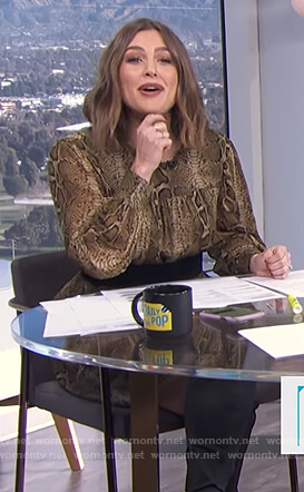 Carissa's snake skin print dress on E! News Daily Pop
