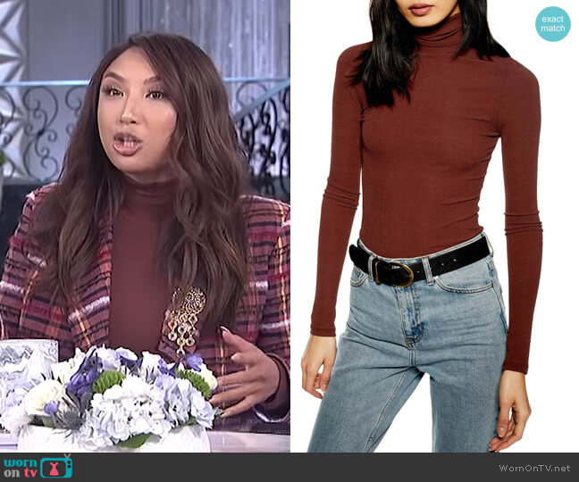 Ribbed Turtleneck Top by Topshop worn by Jeannie Mai  on The Real