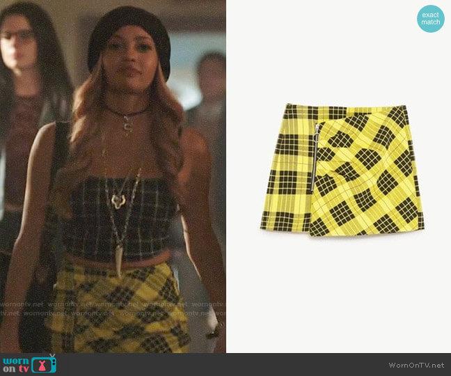 Zara Yellow Check Skort worn by Toni Topaz (Vanessa Morgan) on Riverdale