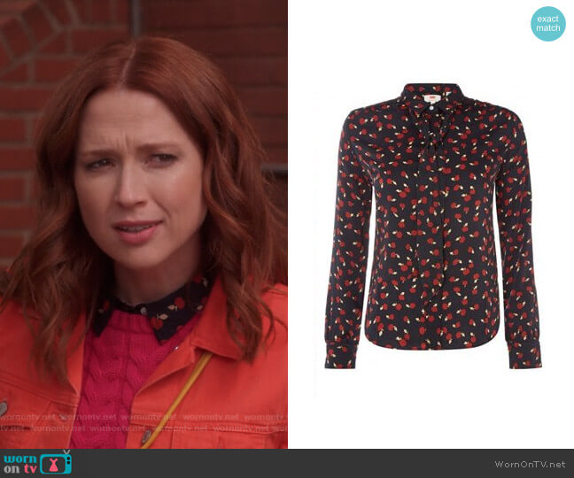 Apple Print Blouse by Levis worn by Kimmy Schmidt (Ellie Kemper) on Unbreakable Kimmy Schmidt